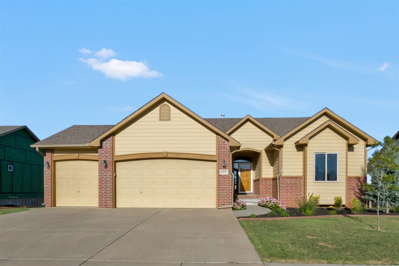 1415 S Arbor Meadows St, Derby, KS 67037