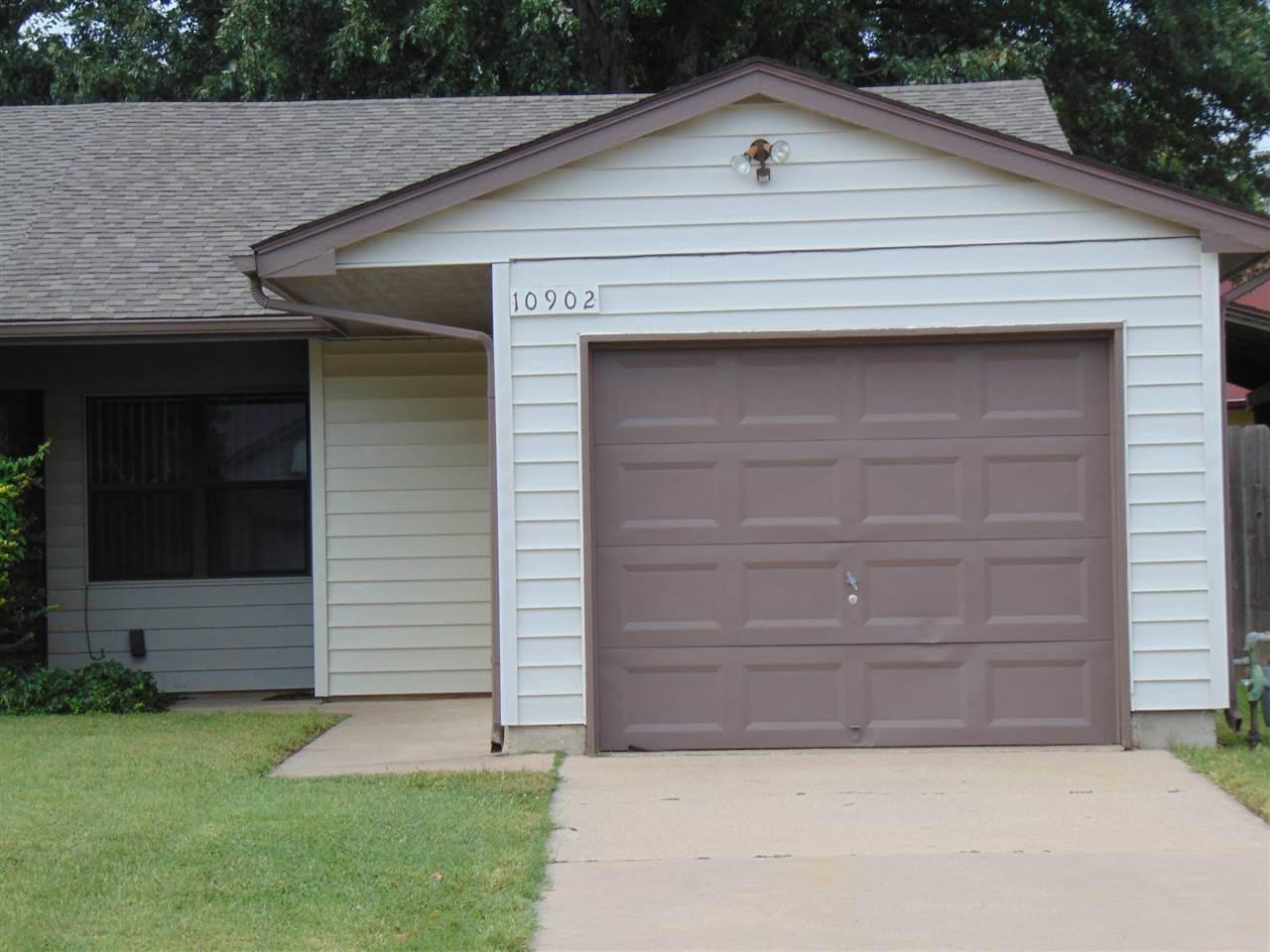 10902 W Grant St, Wichita, KS 67209