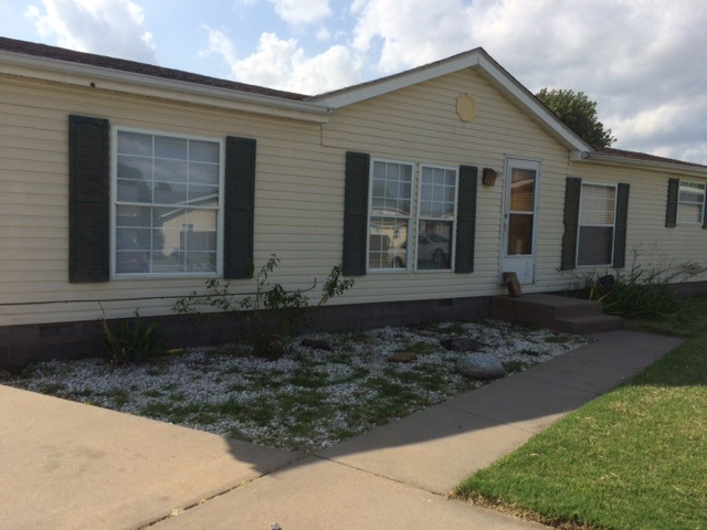 3611 W Marie St, Wichita, KS 67217