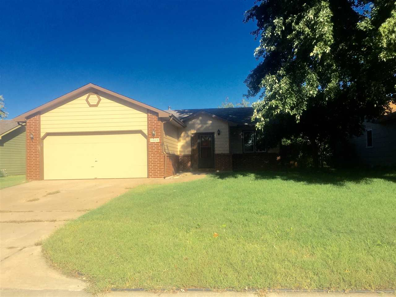 11809 W Bella Vista Ct, Wichita, KS 67212