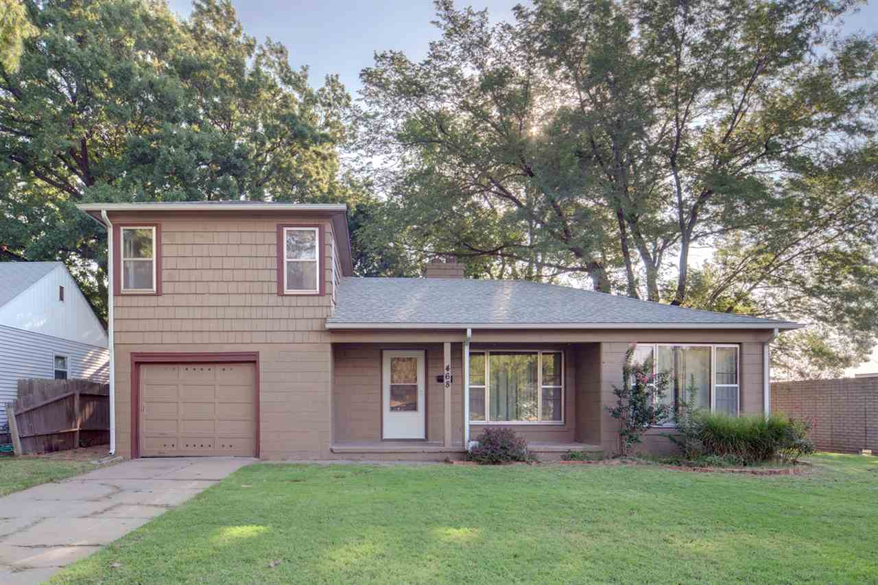 468 Elpyco St, Wichita, KS 67218