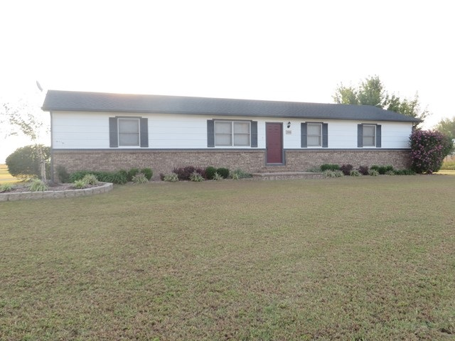 2464 N 167th St W, Colwich, KS 67030