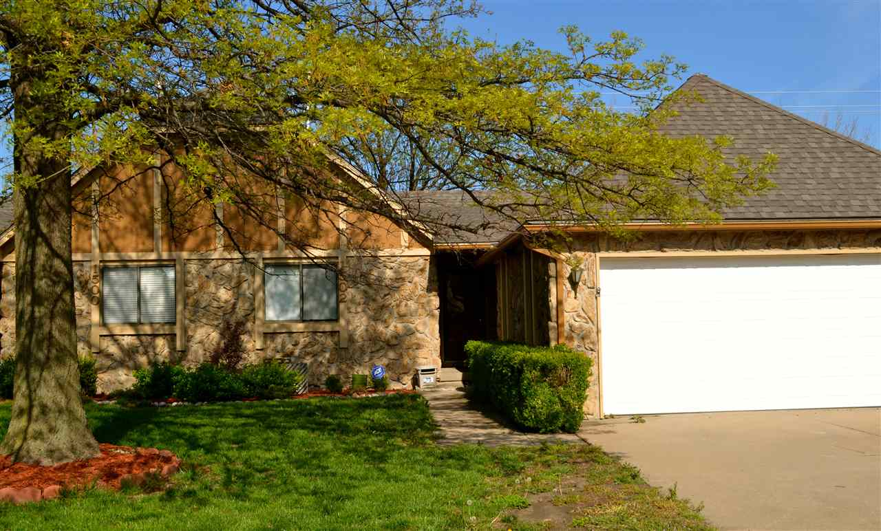 1502 S Todd Pl, Wichita, KS 67207