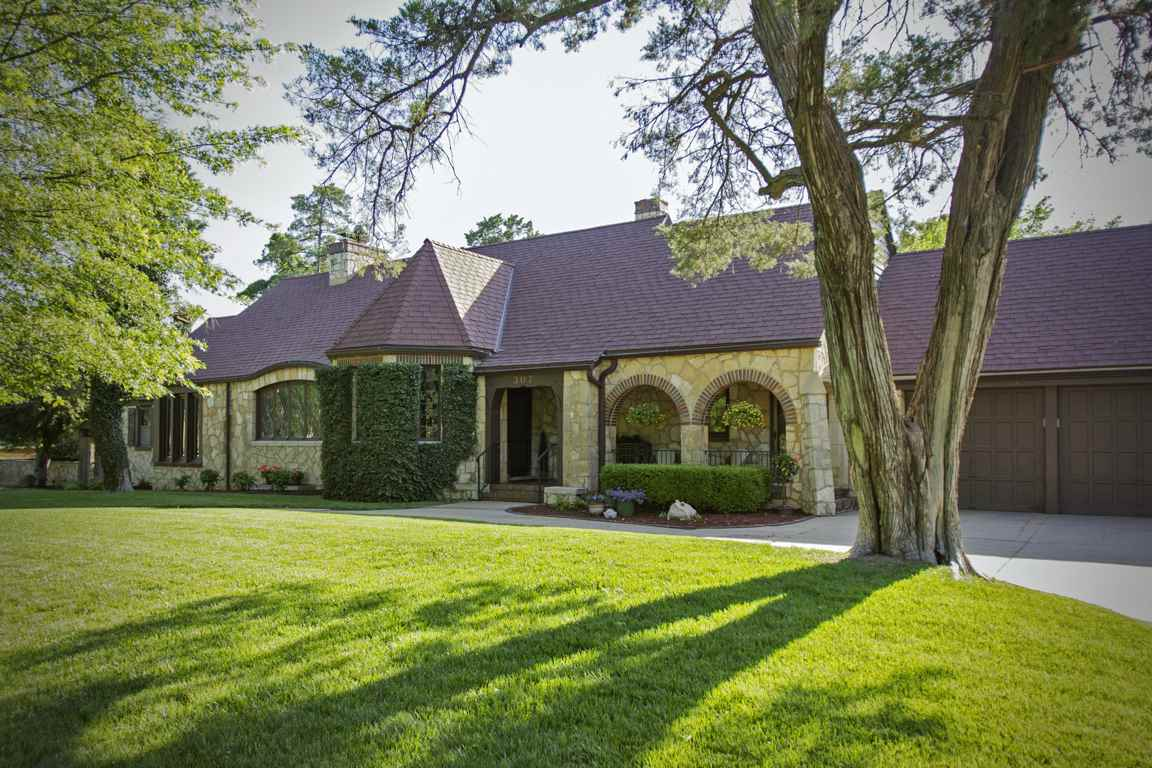 Wichita ks homes for sale 600 000 to 700 000 for Wichita ks home builders