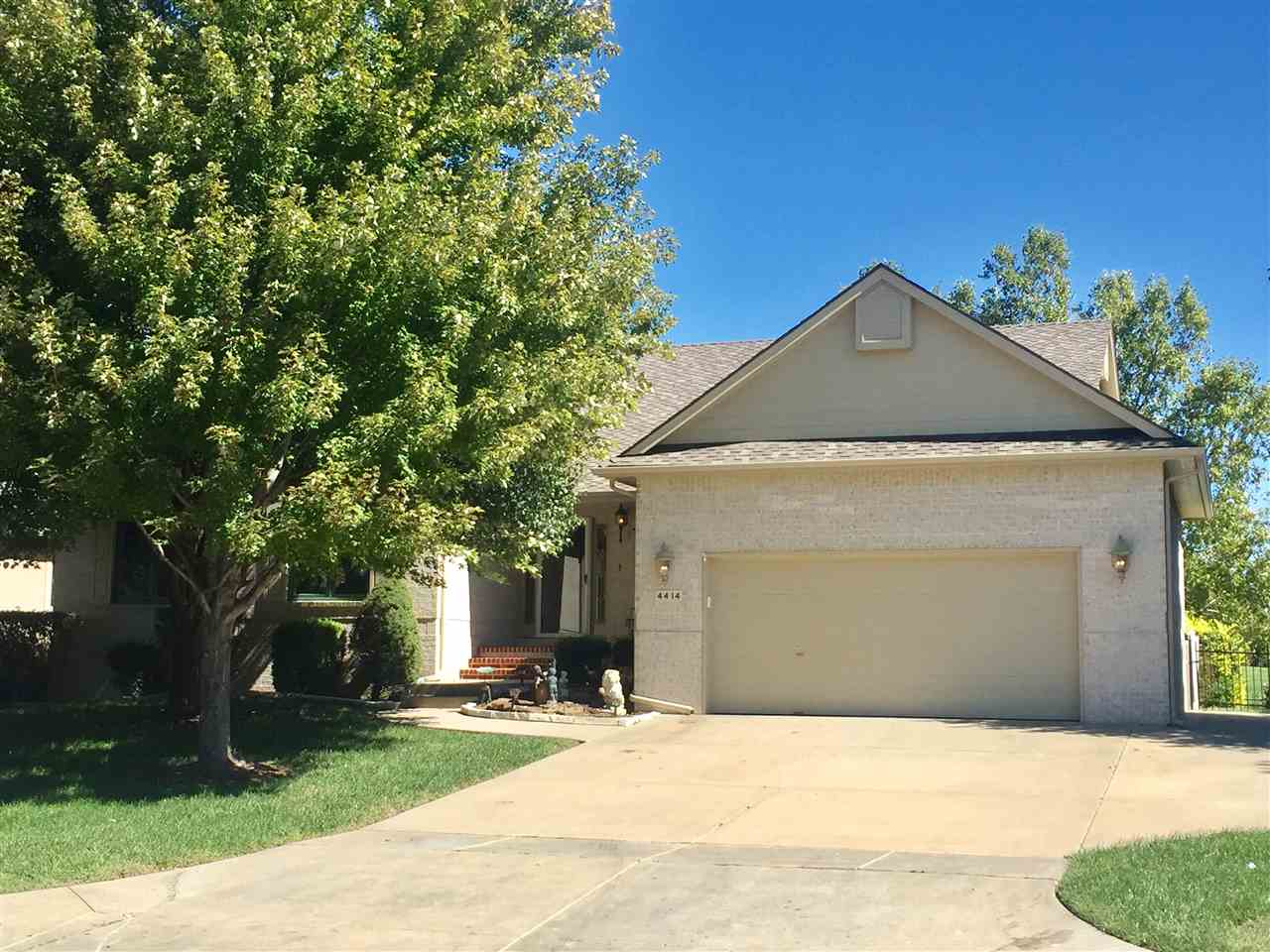 4414 N Spyglass Circle, Wichita, KS 67226