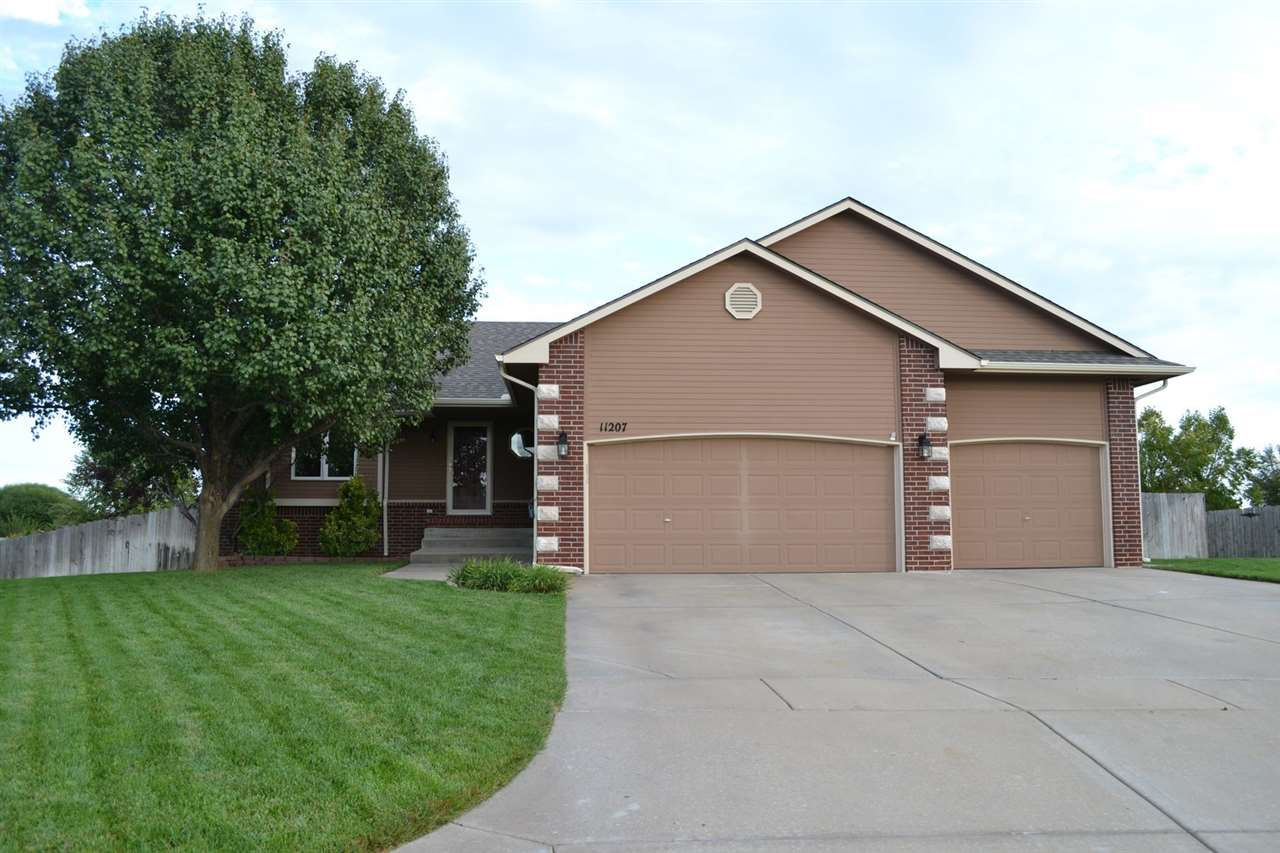 11207 W Central Park Ct, Wichita, KS 67205