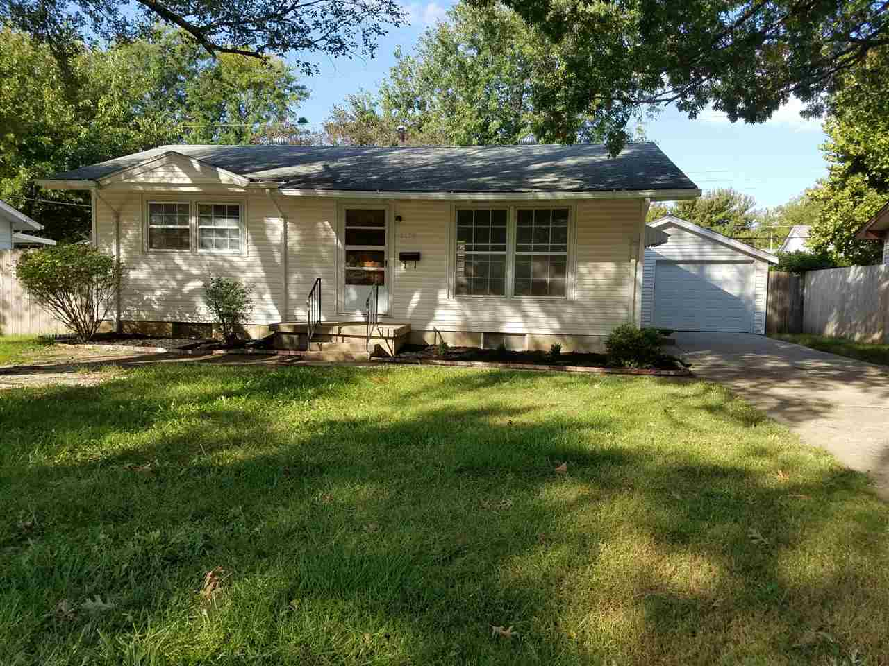 3139 S Saint Paul Ave, Wichita, KS 67217