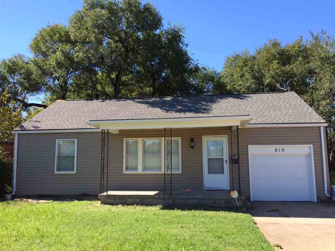 819 S Clifton Ave, Wichita, KS 67218