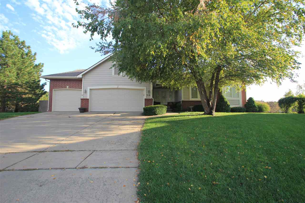 316 S CYPRESS CT., Andover, KS 67002
