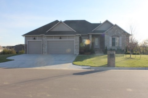 1508 N Shadow Rock, Andover, KS 67002