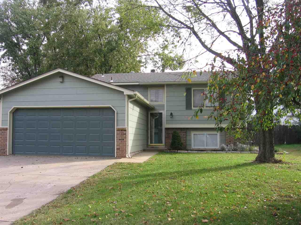 5530 S Topeka Circle, Wichita, KS 67216
