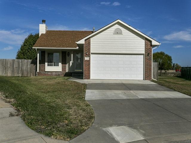 701 S Cranbrook Circle, Wichita, KS 67207