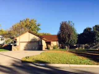 1718 E Brendonwood Rd, Derby, KS 67037