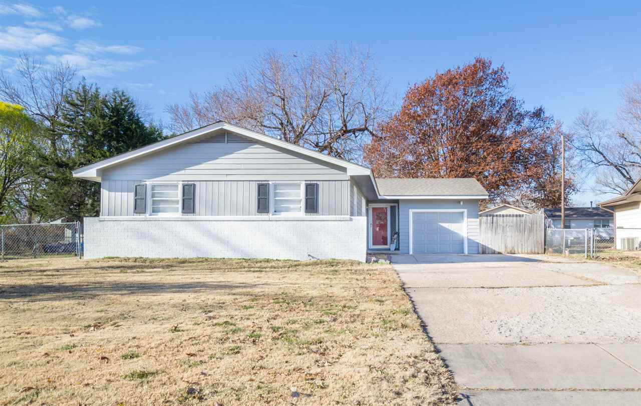 629 N Brownthrush, Wichita, KS 67212