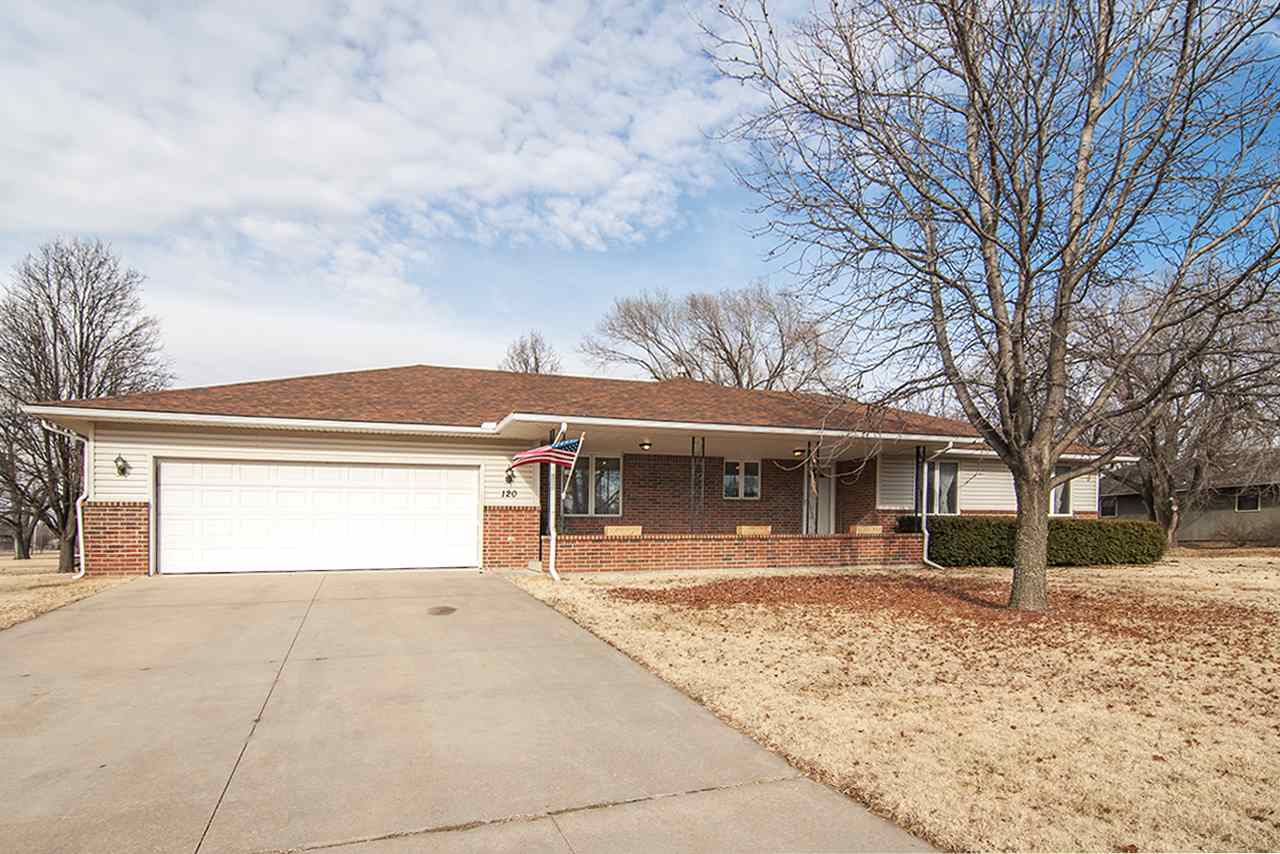 120 E Warren Rd, El Dorado, KS 67042