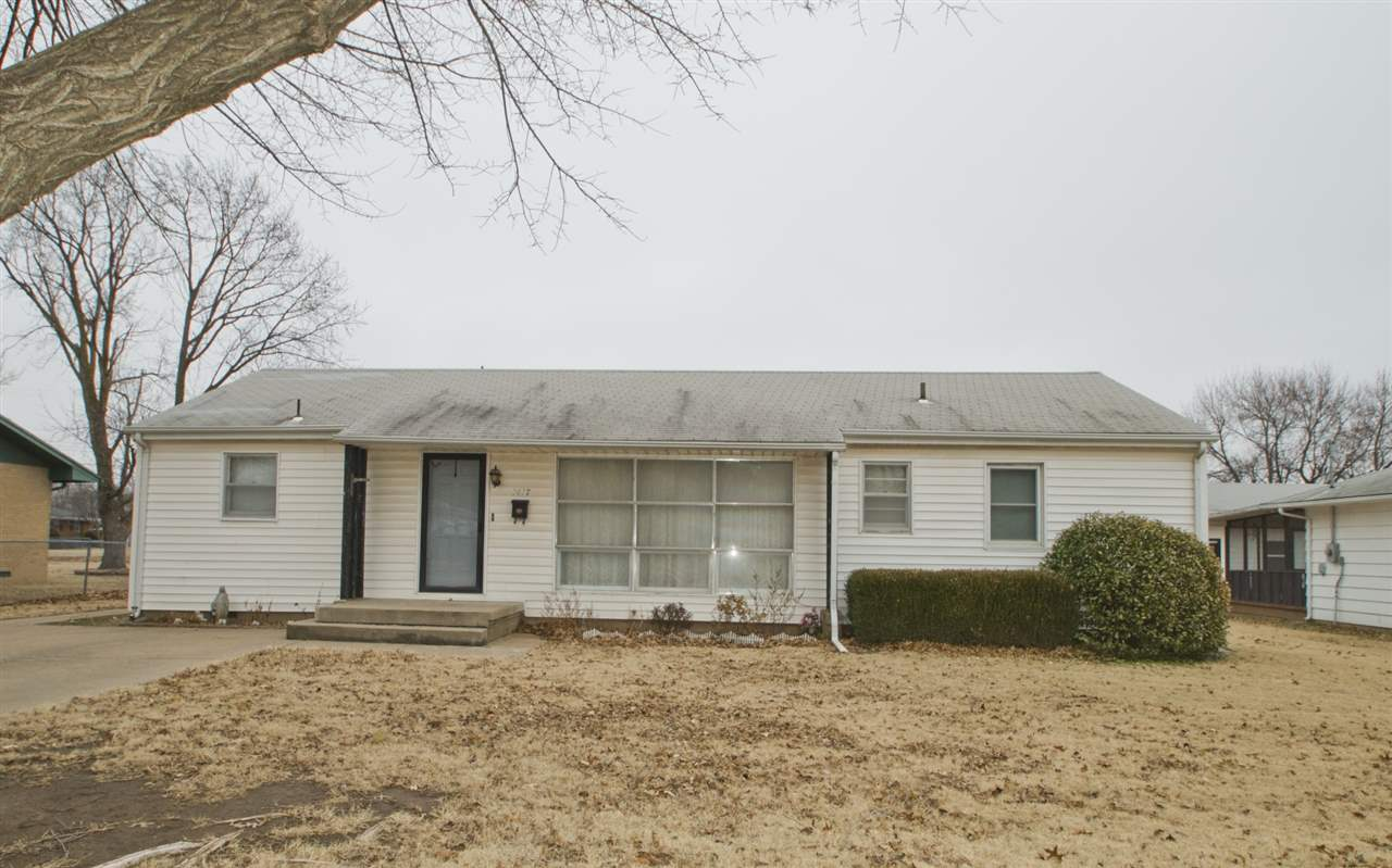 1417 N Poplar, Wellington, KS 67152