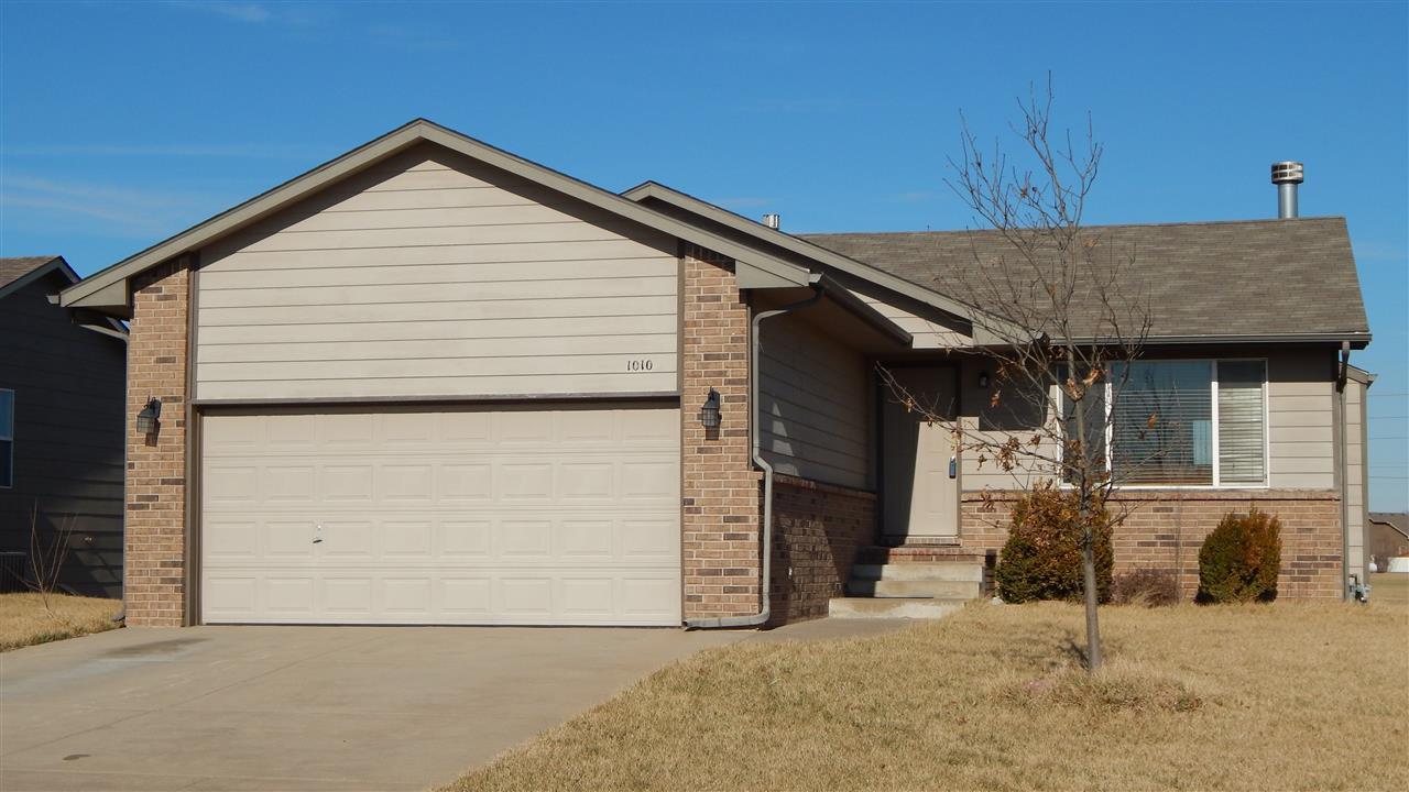 1010 N Aksarben St, Wichita, KS 67235