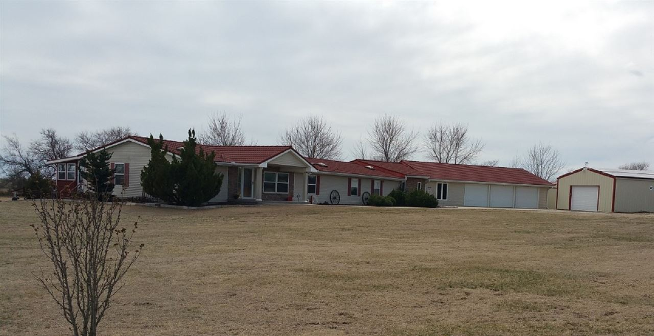 13215 W K61 Highway, Partridge, KS 67566