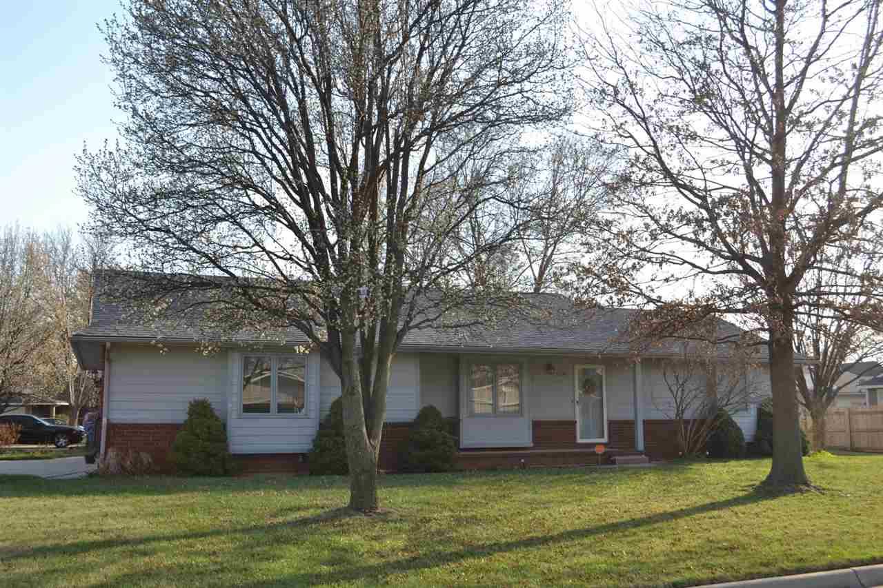 11101 W Cornelison St, Wichita, KS 67212