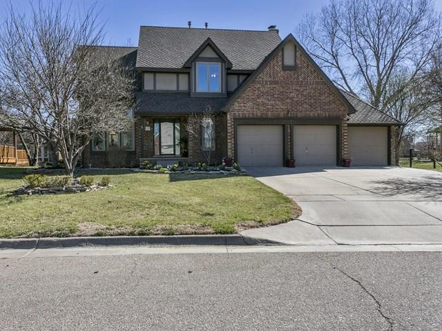 1238 N Parkridge St, Wichita, KS 67212