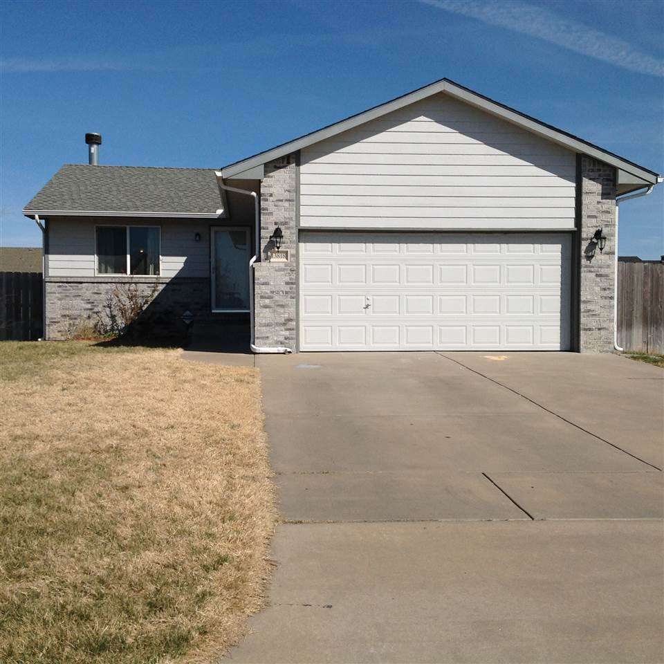 13818 W Lost Creek Cir, Wichita, KS 67235