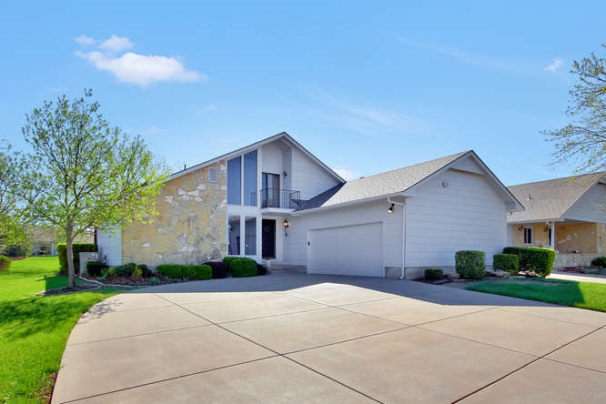 74 E St Cloud Place, Wichita, KS 67230