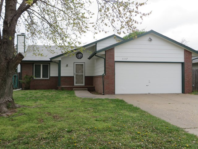 1117 N Compton St, Wichita, KS 67212
