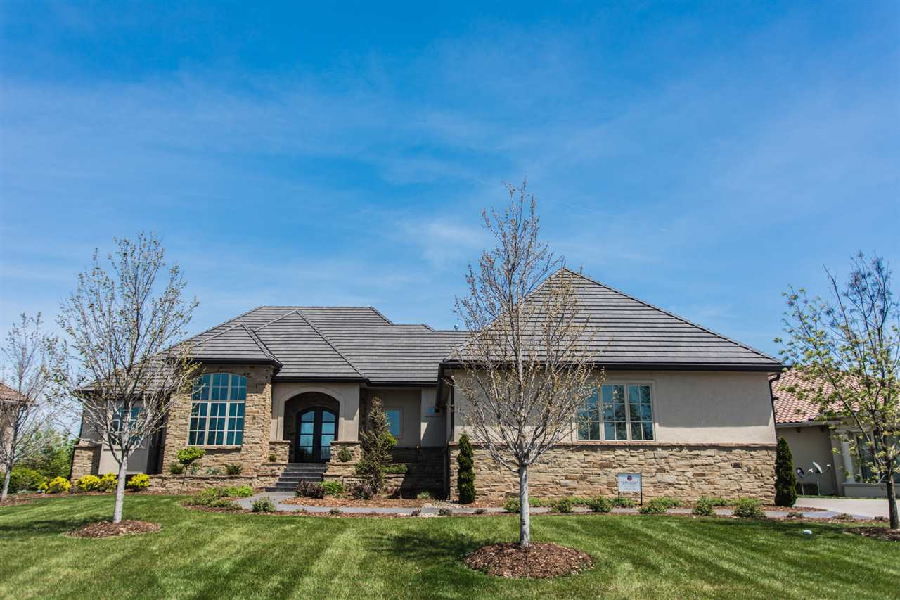 3442 N Beach Club Circle, Wichita, KS 67205