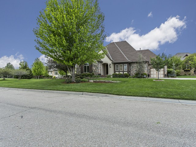 1512 W Chaumont Cir, Andover, KS 67002