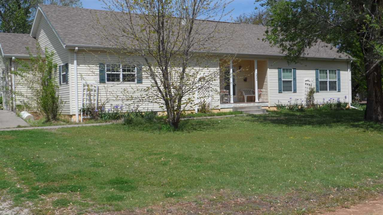 Kansas harper county attica - Property Photo