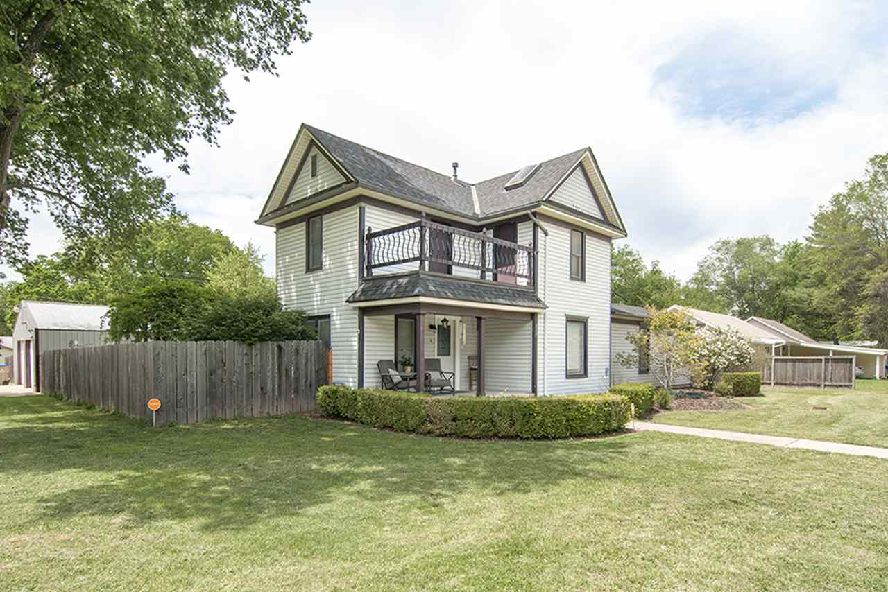 427 S Willow, Douglass, KS 67039