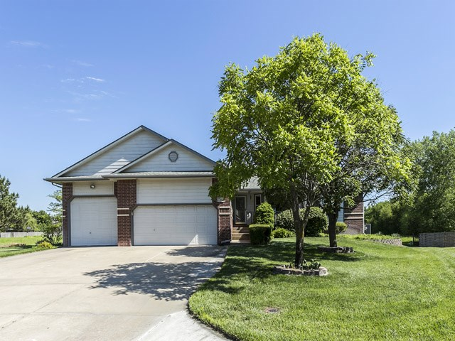 486 S Limuel Ct, Wichita, KS 67235