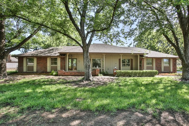 11528 W Valley Hi, Wichita, KS 67209