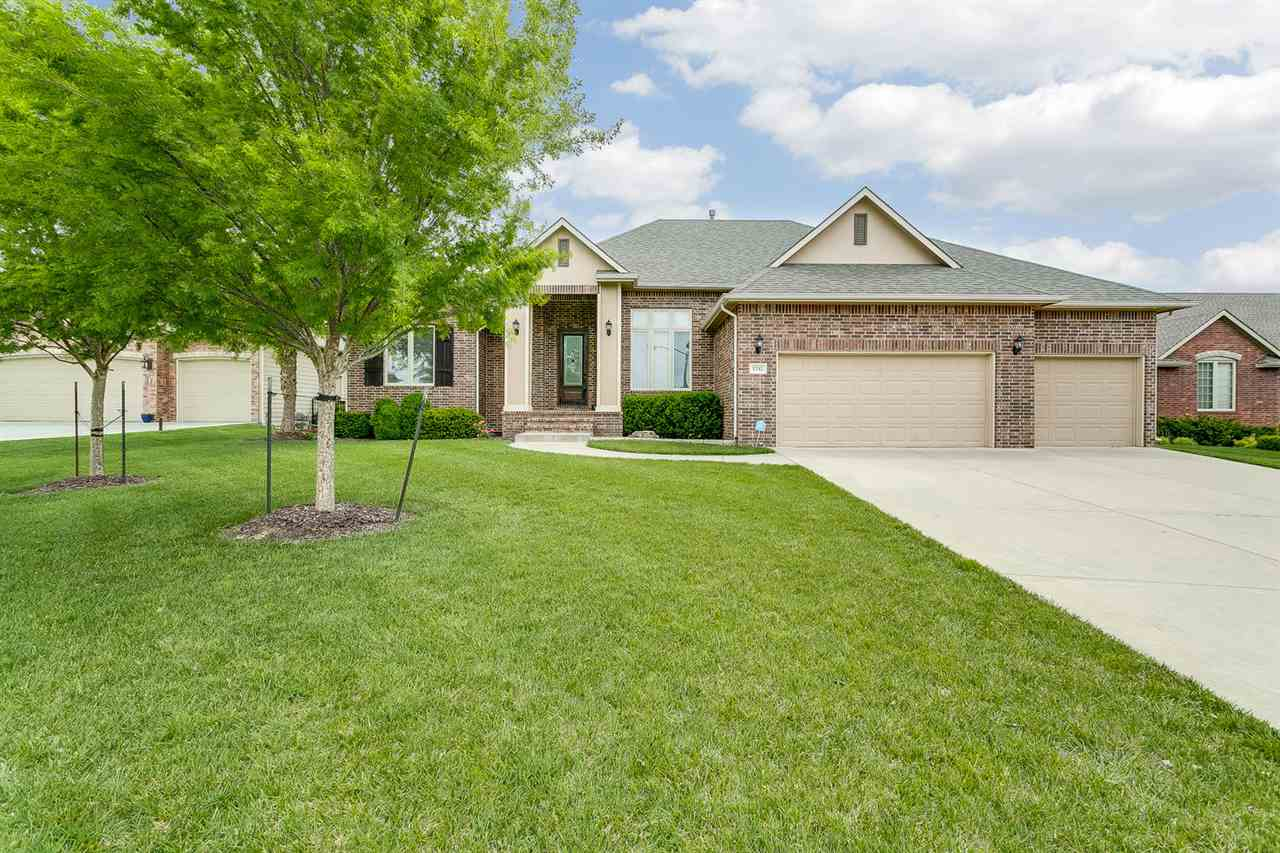 1742 S CASCADE Point, Andover, KS 67002