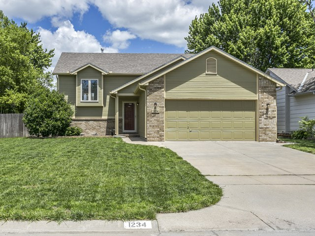 1234 S TODD CT, Wichita, KS 67207