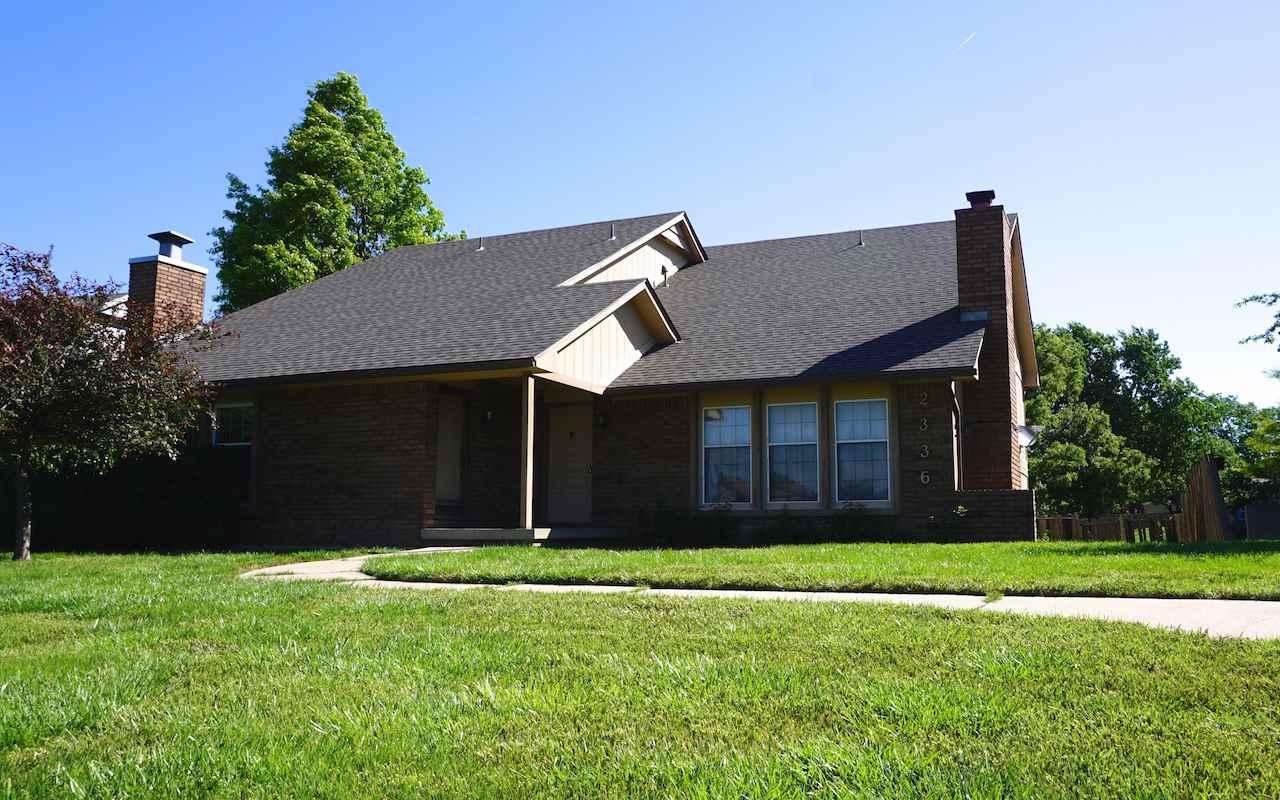 2336 N Walden Dr, Wichita, KS 67226