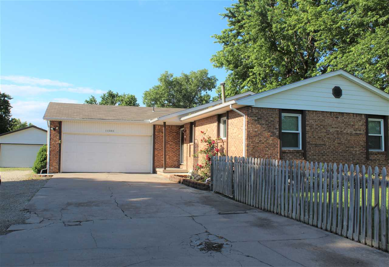 11501 E HARRY ST, Wichita, KS 67207