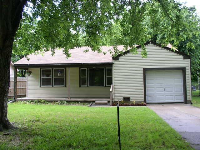 2951 Timberlane, Wichita, KS 67216