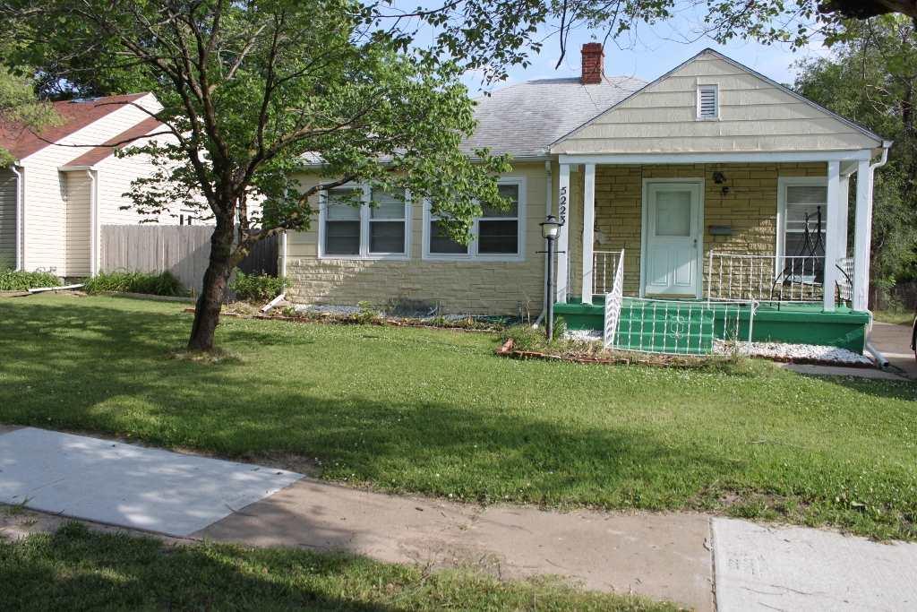 5223 E Murdock, Wichita, KS 67208