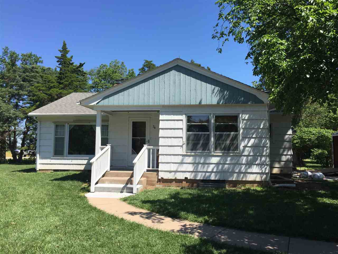 76 27TH, Moundridge, KS 67107