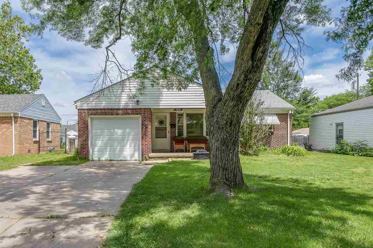 1626 S Drollinger Rd, Wichita, KS 67218