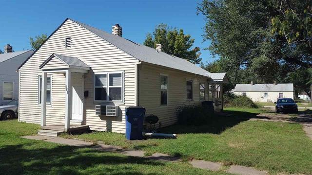 835-837 S Pershing St, Wichita, KS 67218