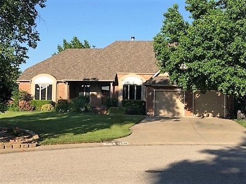 4334 Spyglass Ct, Wichita, KS 67226