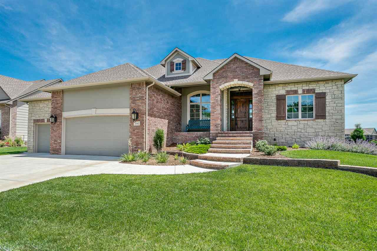 1542 N Graystone St, Wichita, KS 67230