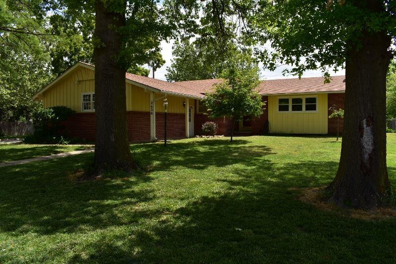 2636 N Dellrose Ave., Wichita, KS 67220