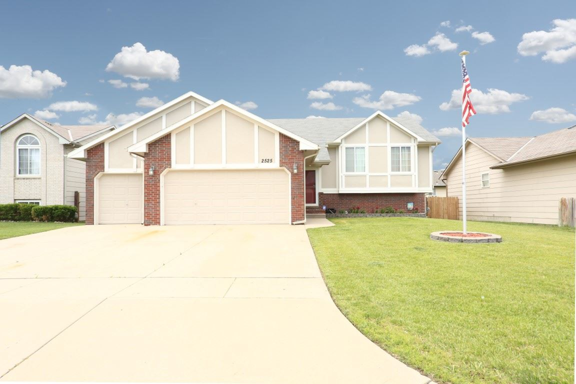 2525 S Cooper St, Wichita, KS 67210
