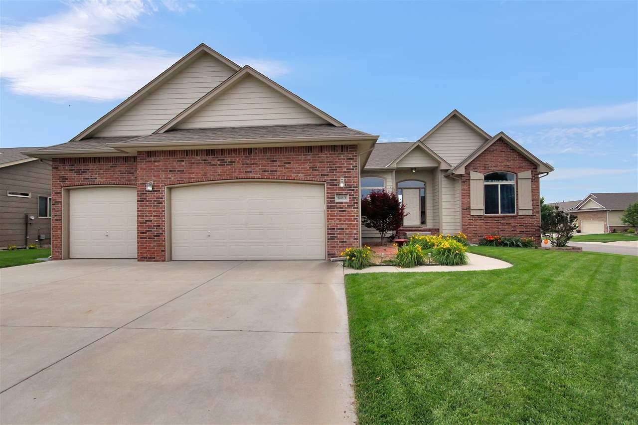 8413 W Candlewood Cir, Wichita, KS 67205