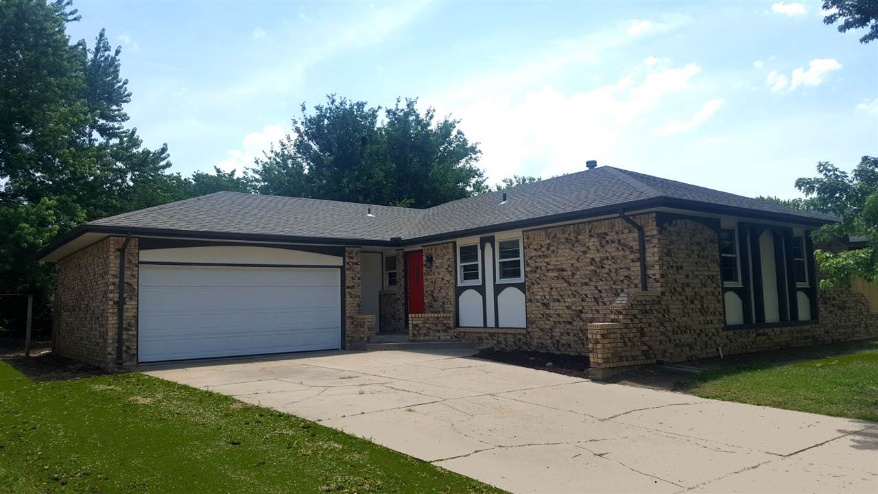 936 S Cypress Dr, Wichita, KS 67207