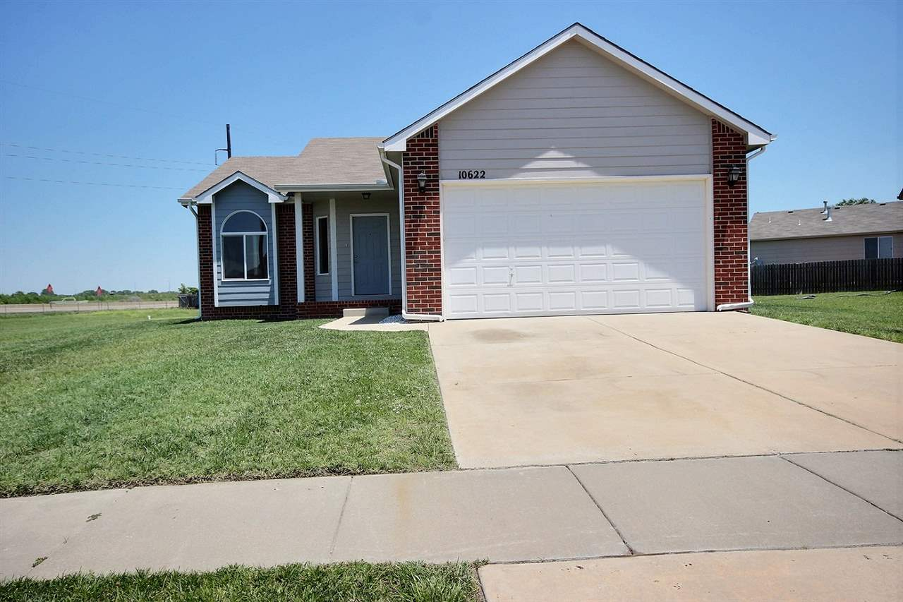 10622 E FAWN GROVE ST, Wichita, KS 67207