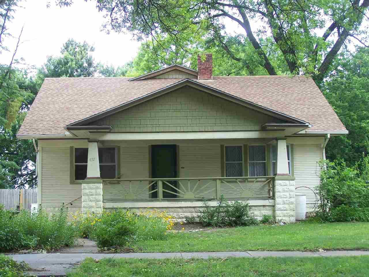 437 S Clifton Ave, Wichita, KS 67218